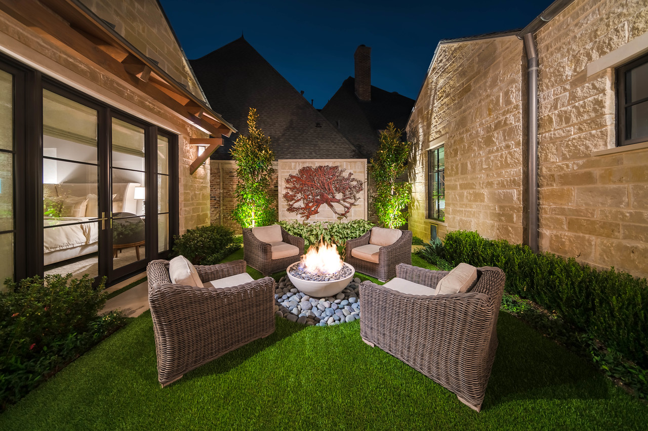 65 Kennington interior courtyard night view
